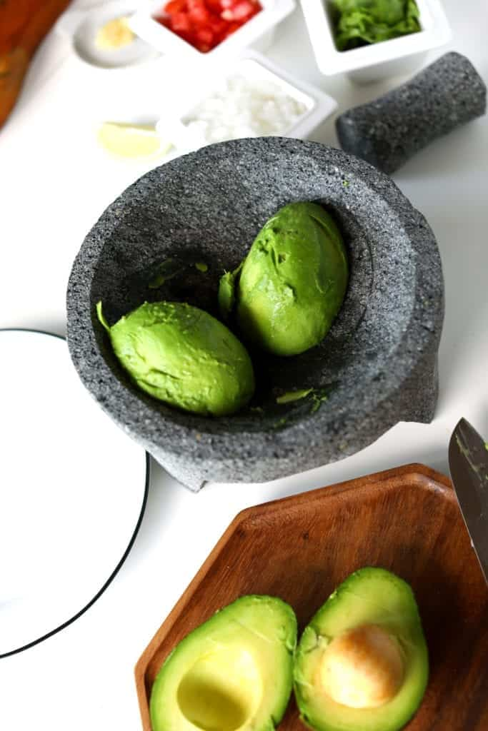 Ingredients for how to make THE BEST GUACAMOLE