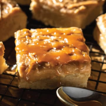 Brown-Butter-+-Caramel-Sugar-Cookie-