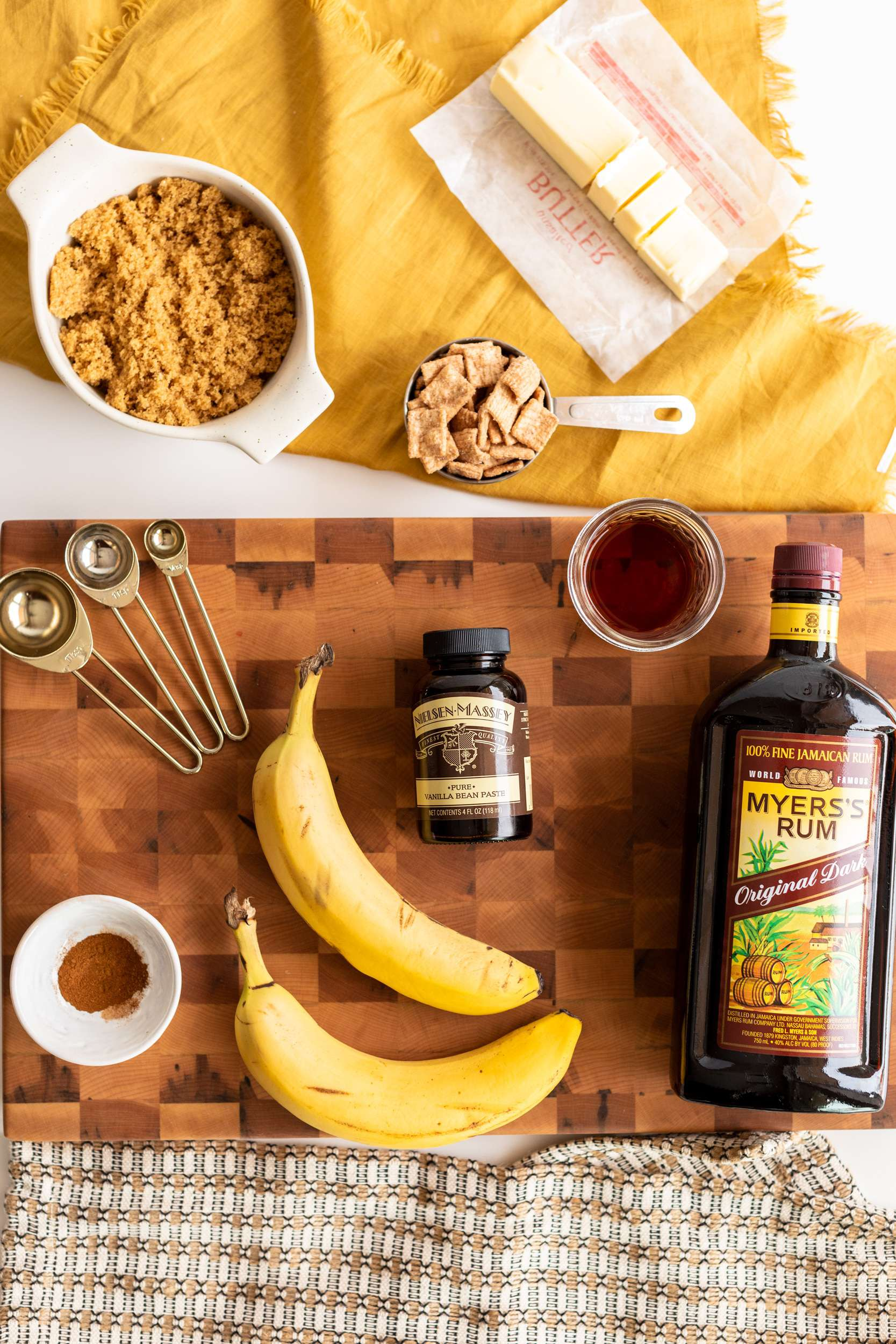Bananas Foster with Cinnamon Toast Crunch Crumble Ingredients